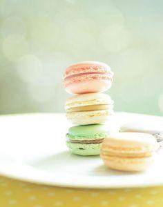 Yummy pastel macarons.