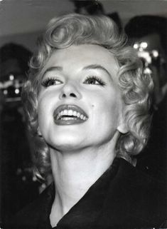 1956: Marilyn at a press conference in London.
