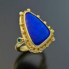 Zaffiro Jewelry  ring 22kt gold granulation opal diamond