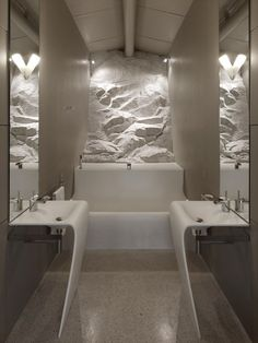 bathroom / Casa Boucquillon by Michel Donia Boucquillon
