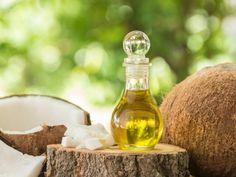 Acht Gründe für das Superfood Kokosöl Positive Effekte durch exotisches Öl Kokosöl ist eines der angesagten Superfoods schlechthin. In ihr verstecken sich viele positive Effekte in Sachen Gesundheit und Schönheit. Was alles dazu gehört, lesen Sie hier.