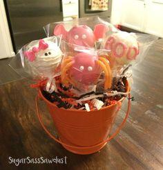Girly Halloween Cake Pops- spider, bat, BOO, mummy