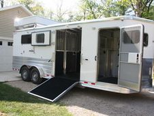 Horse trailers on Pinterest | Horse Trailers, Trailers and ...