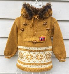 Trollhetta mønsterhefte til barn - SiSiVe AS Crochet Mittens Free Pattern, Baby Knitting Patterns, Knit Crochet, Knitting For Kids, Free Knitting, Knitting Projects, Minion Baby, Raglan Pullover, Baby Barn