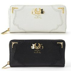 White/Black Sailor Moon Luna/Artemis Wallet sold by SpreePicky. Shop more products from SpreePicky on Storenvy, the home of independent small businesses all over the world. Sailor Moon Luna, Sailor Moon Crystal, Sailor Venus, Luna Et Artemis, Sweet Moon, Sailor Moon Merchandise, Japanese Cartoon, Sailor Scouts, Cute Bags