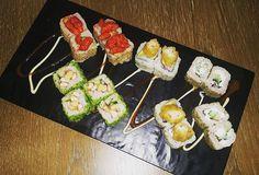 Look at my Sushi platter All Fusionesed @moshiuae  #zomato #zomatodubai  #zomatouae #dubai #dubaipage #mydubai #uae #inuae #dubaifoodblogger #uaefoodblogger #foodblogging #foodbloggeruae #uaefoodguide #foodreview #foodblog #foodporn #foodpic #foodphotography #foodgasm #foodstagram #instagram #instafood #theshazworld #moshi #moshiuae  #sushi #momo #fusionized #oudmetha