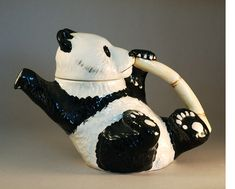 Panda teapot @Reagan Simmons I like pandas, I like tea.. some how this pot just never came to mind! Haha.