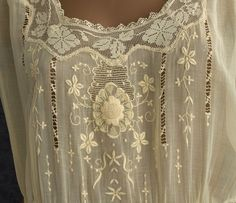 1920s Clothing at Vintage Textile: pale yellow flapper dress 1925