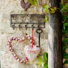 decora y adora: inspiración colgar corazones