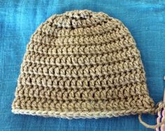 I have been crocheting my heart out these past couple of weeks. I prefer to crochet as it is so much easier and faster than knitting. So I have decided to share my free newborn crochet beanie pattern here on the blog. I finished myblanketso Idecided to try my hand at some beanies. I had …