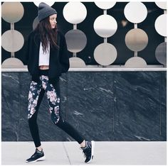 When it's just that bit colder and you have to wrap up a little for training! This is how you do it!  @bandierfit wwwwhatsabouttown.com #whatsabouttown #fitnessfashion #workoutwear #workoutoutfit