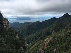 Rainforests and the light blue sea in Langkawi, Malaysia – Aperture & Wanderlust Sky Bridge, Jet Skies, Reflex Camera, Rainforests, Perth Australia, Paradise On Earth, Amazing Sunsets, Underwater World, Small Island