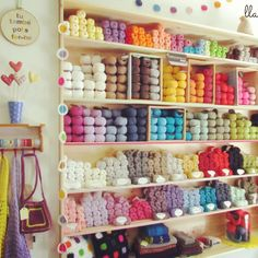 Our Spanish retailer Llanes de colors in Reus. Beautiful in summer colours! #DropsDesign #yarnlove