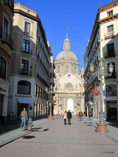 Zaragoza Calle Alfonso con vista al Pilar