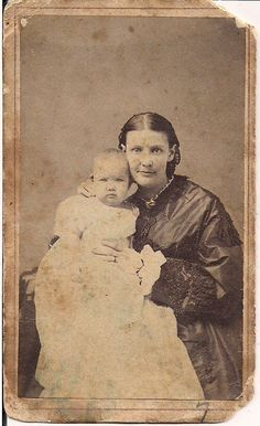 Etta Hopper (1840-68) with daughter Mary Etta Gatch (1864-1922), Milford Historical Society, Helen Courtright collection, Milford, Ohio.  Photo: 1865