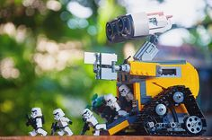 Go! Go! Go!  #lego #legos #legominifigures #legostarwars #legostagram #legophotography #legoland #brickshift #bricknetwork #brickcentral #toys #toyphotography #toptoyphotos #toyslagram_lego #toygroup_alliance #minifigs #minifigures #starwars #stormtroopers #stormtrooper #disney #pixar #walle #photography #theforceawakens #collection #justanothertoygroup #figures by biggusbrickus