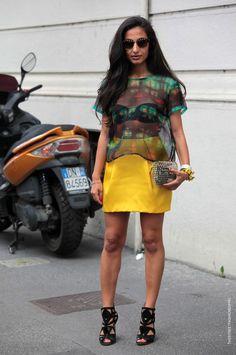 #NausheenShah poppin yellow in Milan. #AShahsLIfe