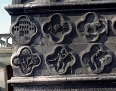 Signs of the Zodiac on the West Front of Amiens Cathedral Zodiac Art, Stone Carving, Christian Art, Worship, Astrology, Cathedral, Travel Destinations, Mystery, Knowledge
