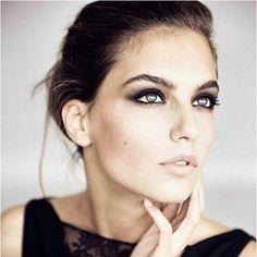 #handehaluk #style #makeup #lips #coiffeur #eyeshadow #beauty #ulus #zorlucenter #bangs #trend #kuafor #styles #stylish #design #hairdye #hairfashion #natural #eyeliner #saloon http://www.handehaluk.com/