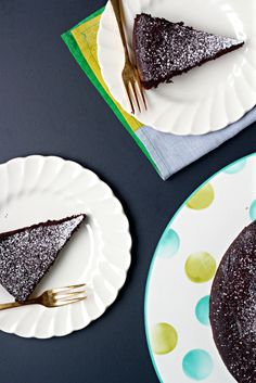 12. Flourless Chocolate Cayenne Cake (Gluten-Free): You only need a small slice of this rich chocolate cake to satisfy your spicy-sweet cravings. (via What Jew Wanna Eat)