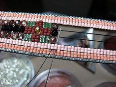Tuto et blog génial sur le tissage de perle par métier à tisser