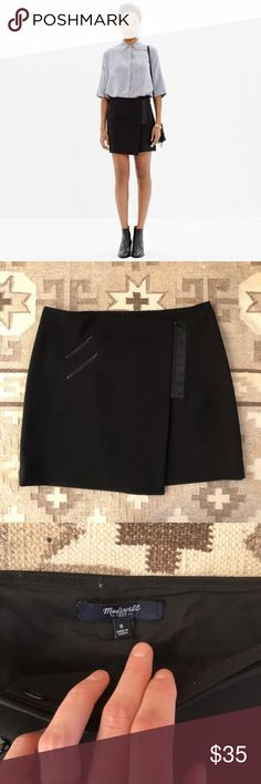 Madewell Ignition Miniskirt with zipper detail. Cute moto-style miniskirt. Madewell Skirts