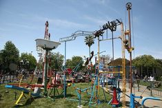 """Lifesized version of the game """"Mousetrap."""""""