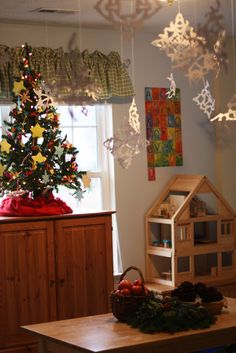 Lovely Waldorf and Froebel inspired classroom, decorated for Christmas