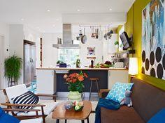 suelo de madera blanco paredes de colores decoración muebles de colores interiorismo nórdico habitación infantil decoración blanco fotos dec...