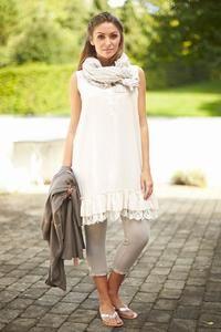 Sommer tunikakjole med flæse og blonde fra Tina Wodstrup. Shop online med fri fragt. Peplum, Summer, Veil