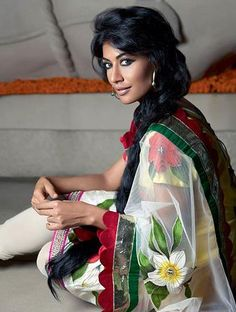 love the applique on the sari