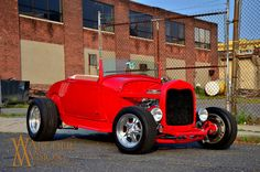 hot rod, muscle cars, rat rods and girls #windscreen #hotrodscar http://windblox.com/