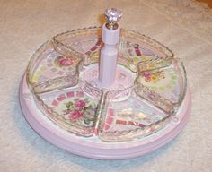 DIY:: Shabby mosaic Lazy Susan! How Beautiful would this be in the center of a Table ?