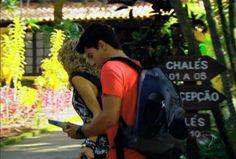Rebelde - Roberta decide terminar seu namoro com Diego. Relembre os momentos mais fofos do casal! - Rede Record