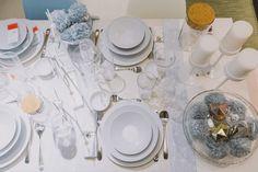 juntar os amigos à volta de uma mesa bonita e composta por tons de azul - por www.weareloveaddicts.com #Natal #decoração #bloggers #ikeaportugal