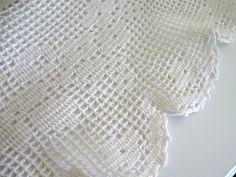 "Round  Linen Vintage Tablecloth, Crochet, Diameter 34"""