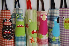 Un tablier de cuisine enfants qui aiment cuisiner, jardiner, faire de la peinture. ..