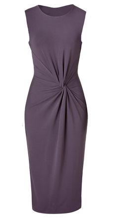 Pattern needs translating but shows how to take a shift dress pattern and convert to this wrap dress