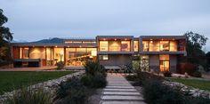 Corredor House by Chauriye Stäger Arquitectos   http://www.designrulz.com/design/2015/07/corredor-house-by-chauriye-stager-arquitectos/