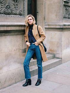 blogueira adenorah calca cropped casaco caramelo