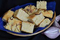 Bucte cu gem de visine - CAIETUL CU RETETE Dessert Recipes, Desserts, Penne, Party Cakes, Mozzarella, Tiramisu, Bread, Cheese, Usa