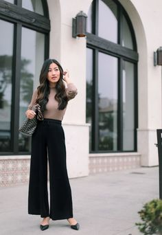 Wide Leg Pants Outfit Ideas Gallery nordstrom fall sale knit culotte pants how to wear Wide Leg Pants Outfit Ideas. Here is Wide Leg Pants Outfit Ideas Gallery for you. Wide Pants Outfit, Black Culottes Outfit Casual, Culottes Outfit Work, Gaucho Pants Outfit, Plazzo Pants Outfit, Casual Work Outfits, Business Casual Outfits, Fall Outfits, Outfits