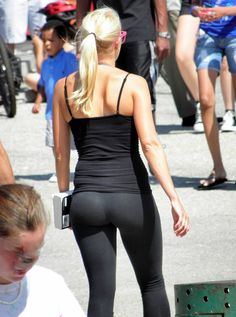 Image from http://the-quota.com/wp-content/uploads/2012/05/Sexy-Girls-in-Yoga-Pants16.jpg.