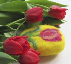 Felted soap with a tulip