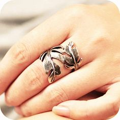 I want this ring...