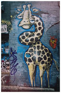 Giraffe #street art #graffiti This is Art, not Mine nor yours, but It deserves to be seen...by everyone...Share it...