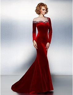 TS Couture® Formal Evening / Black Tie Gala Dress Plus Size / Petite Trumpet / Mermaid Jewel Court Train Velvet with Beading / Crystal Detailing Vestidos Vintage, Vintage Dresses, Nice Dresses, Formal Evening Dresses, Evening Gowns, Marie Laporte, Robes D'occasion, Dress Plus Size, Red Gowns