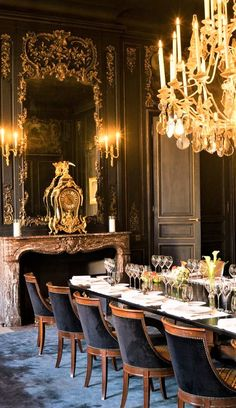 A look inside Veuve Clicquot's historic L'Hôtel du Marc in Reims, France. Living Room Furniture, Living Room Decor, Dining Rooms, Reims France, Cute Diy Room Decor, Elegant Dining Room, Hallway Decorating, Rustic Style, Table Settings