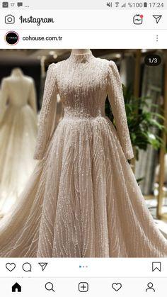 Muslim Fashion, Hijab Fashion, Fashion Dresses, Modest Fashion, Dream Wedding Dresses, Bridal Dresses, Prom Dresses, Formal Dresses, Hijab Dress Party
