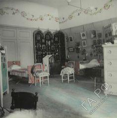 Alexander Palace: Grand Duchess's bedroom